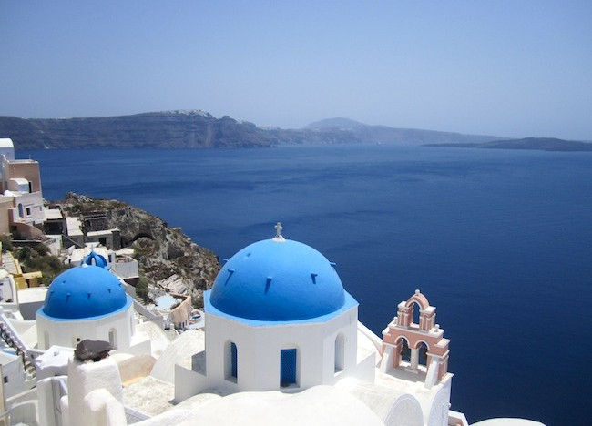 A Day in Oia, Santorini: 33 Photos to Take your Breath Away
