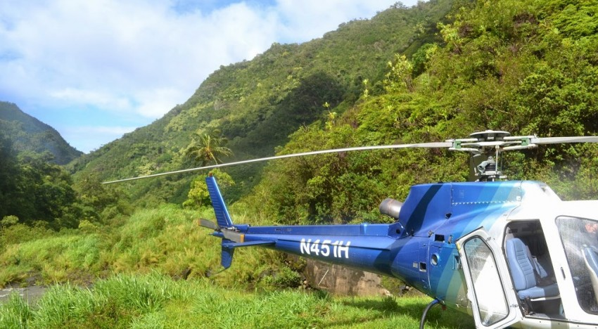 Kauai by Helicopter: Waterfalls, Canyons, and Coasts