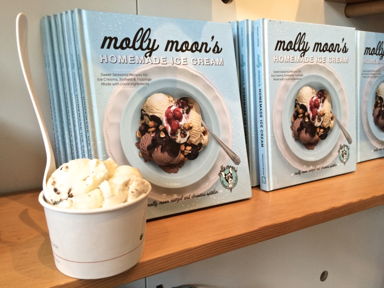 where to eat in seattle molly moons ice cream