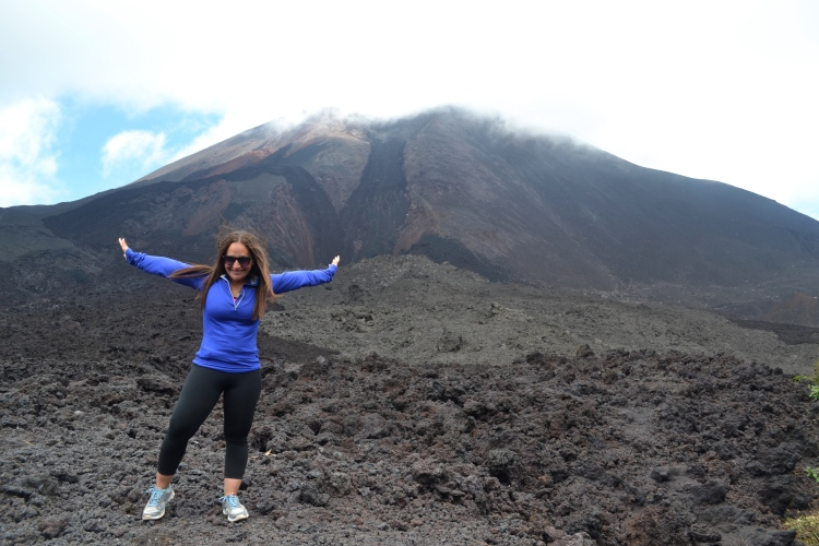 things to do in guatemala hiking pacaya volcano