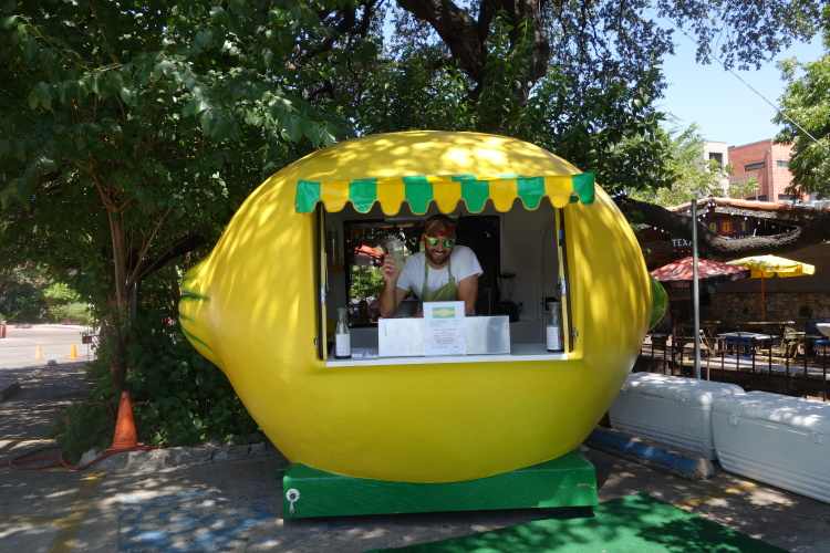 things to do in austin, eat from a trailer
