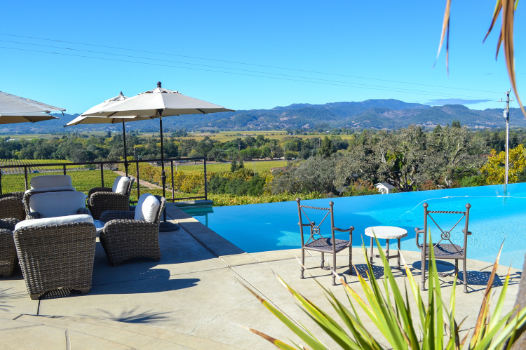10 Vineyards to Visit on Your Next Trip to Napa Valley | www.apassionandapassport.com october-61
