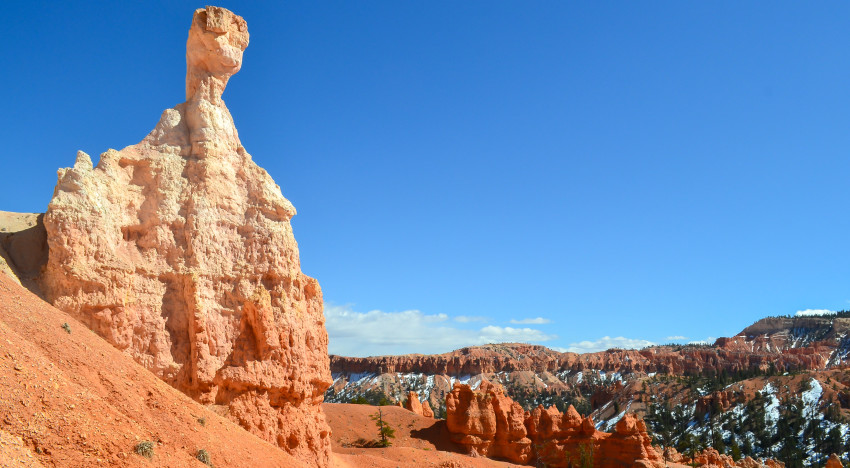 Hiking Down to the Hoodoos in Bryce Canyon
