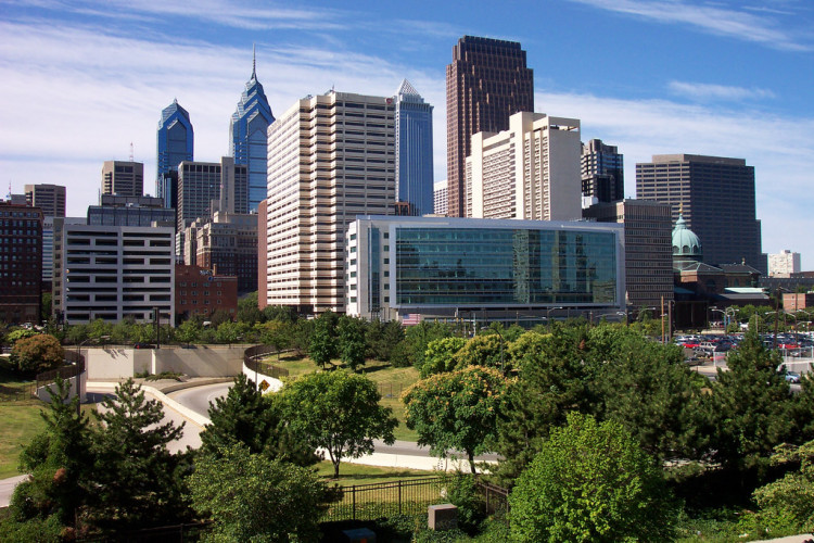 With summer approaching, Philly is a wonderful place to visit for a long weekend! Add these 15+ things to do in Philadelphia to your USA bucket list!