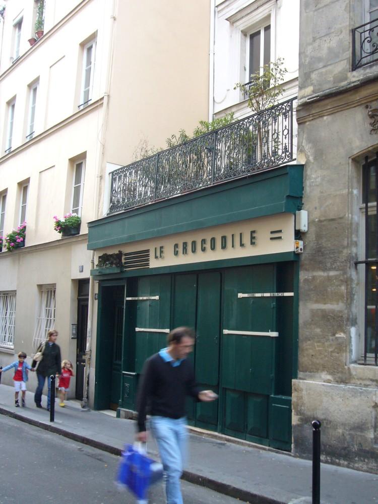 Le Crocodile cocktail bar