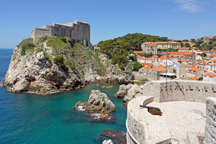 Heading to Croatia soon and looking for the best things to do in Dubrovnik?! Use this guide to help plan a wonderful long weekend in Dubrovnik filled will all the highlights!