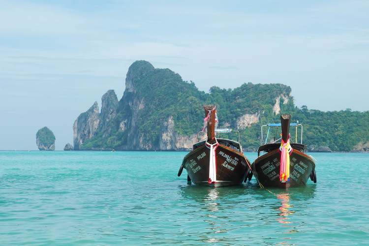 COMPLETE 2 Weeks in Thailand Itinerary! >> everything you need to know when planning your trip to Thailand: where to stay, what places to go, activities in each destination, and what to eat!