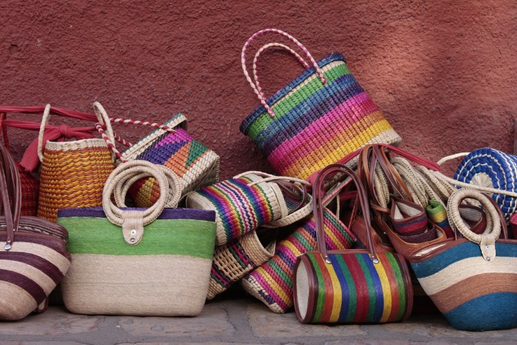 bags-2379225_1280