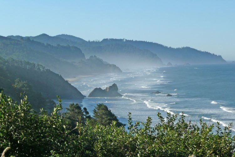 San Francisco to Seattle Road Trip Itinerary: COMPLETE road trip with all stops, where to stay, and top things to do from San Francisco to Seattle (national parks, stunning lakes, best wine, etc)!