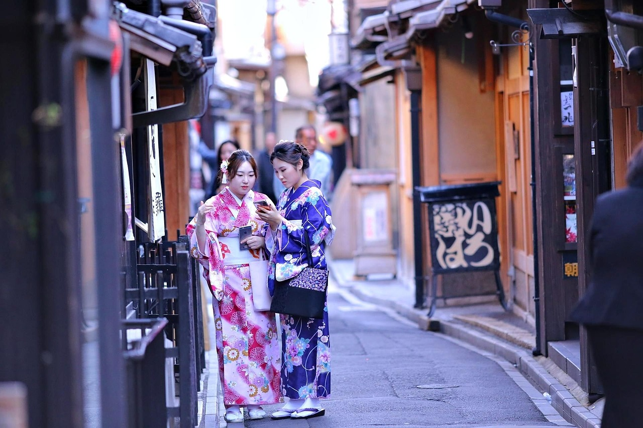 Looking for the best places to go in Japan?! This Japan bucket list has you covered! Definitely saving this for my future trip to Japan!