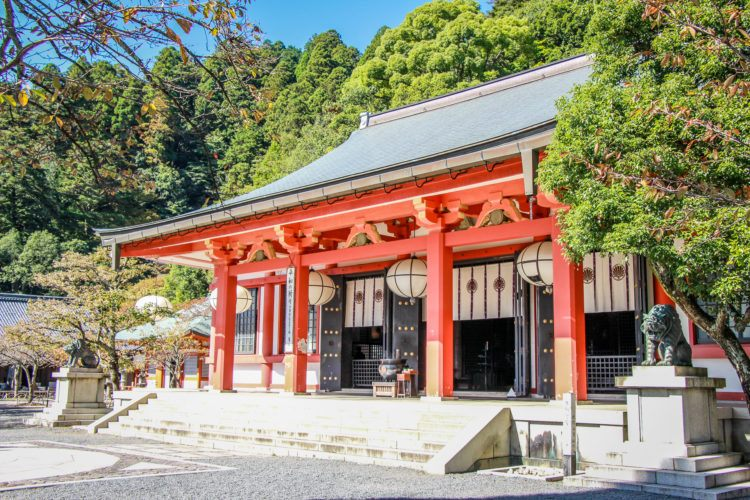 Headed to Japan and looking for the best things to do in Kyoto? You're in luck, because I've compiled a whole bunch of Kyoto sights and attractions!