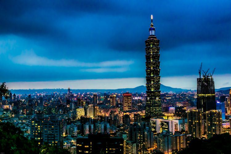 Headed to Taiwan in the near future and looking for the perfect 3 day Taipei itinerary?! Consider yourself lucky, because I've got the most perfect 3 days in Taipei all planned out for you!