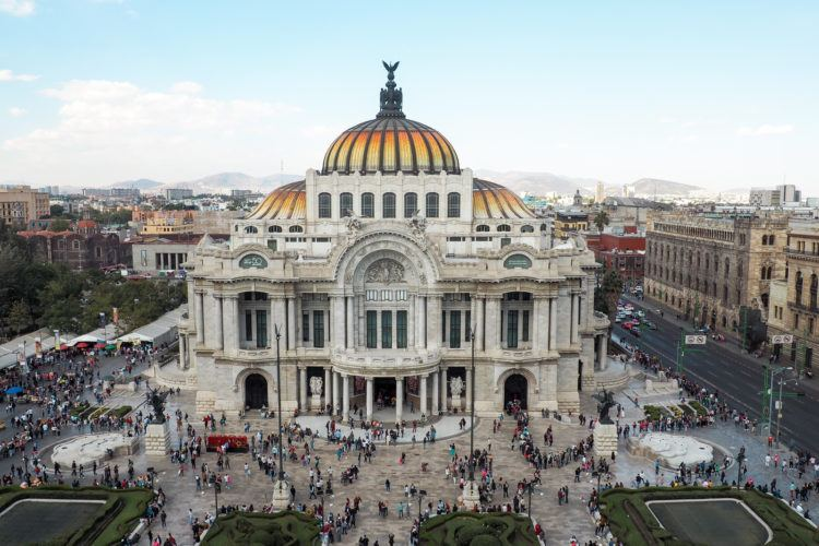 Planning your trip and looking for the best Mexico City itinerary?! Whether you've got a full week or just 3 days in Mexico City, you can be sure you'll never be left bored.