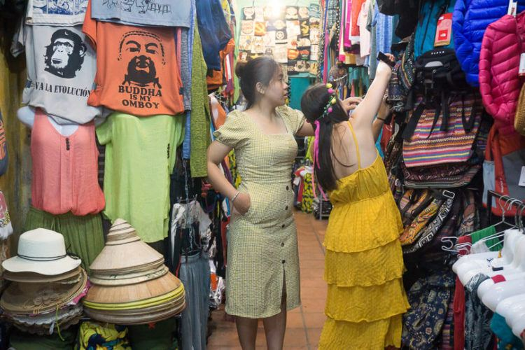 Headed to Vietnam and looking for the best things to do in Hoi An? Only got about 3 days in Hoi An and want to make sure you check out all the good stuff? Make sure you keep reading this Hoi An itinerary to help prepare for your trip!