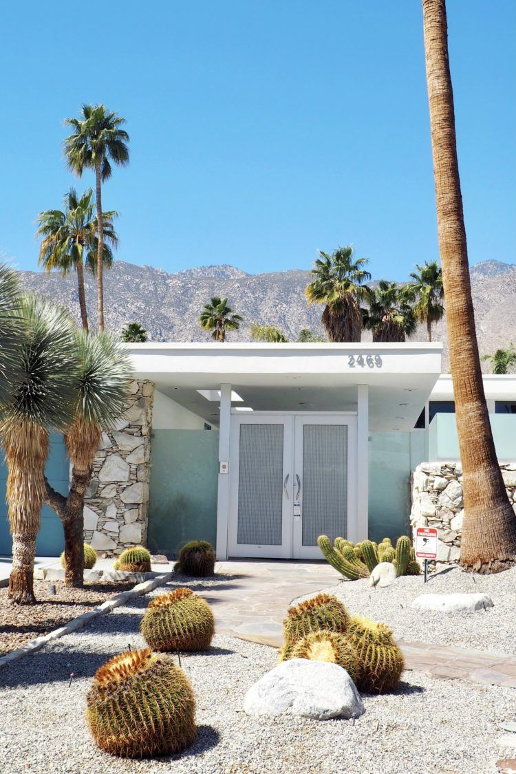 Palm Springs Weekend Getaway: The Best Palm Springs Itinerary!